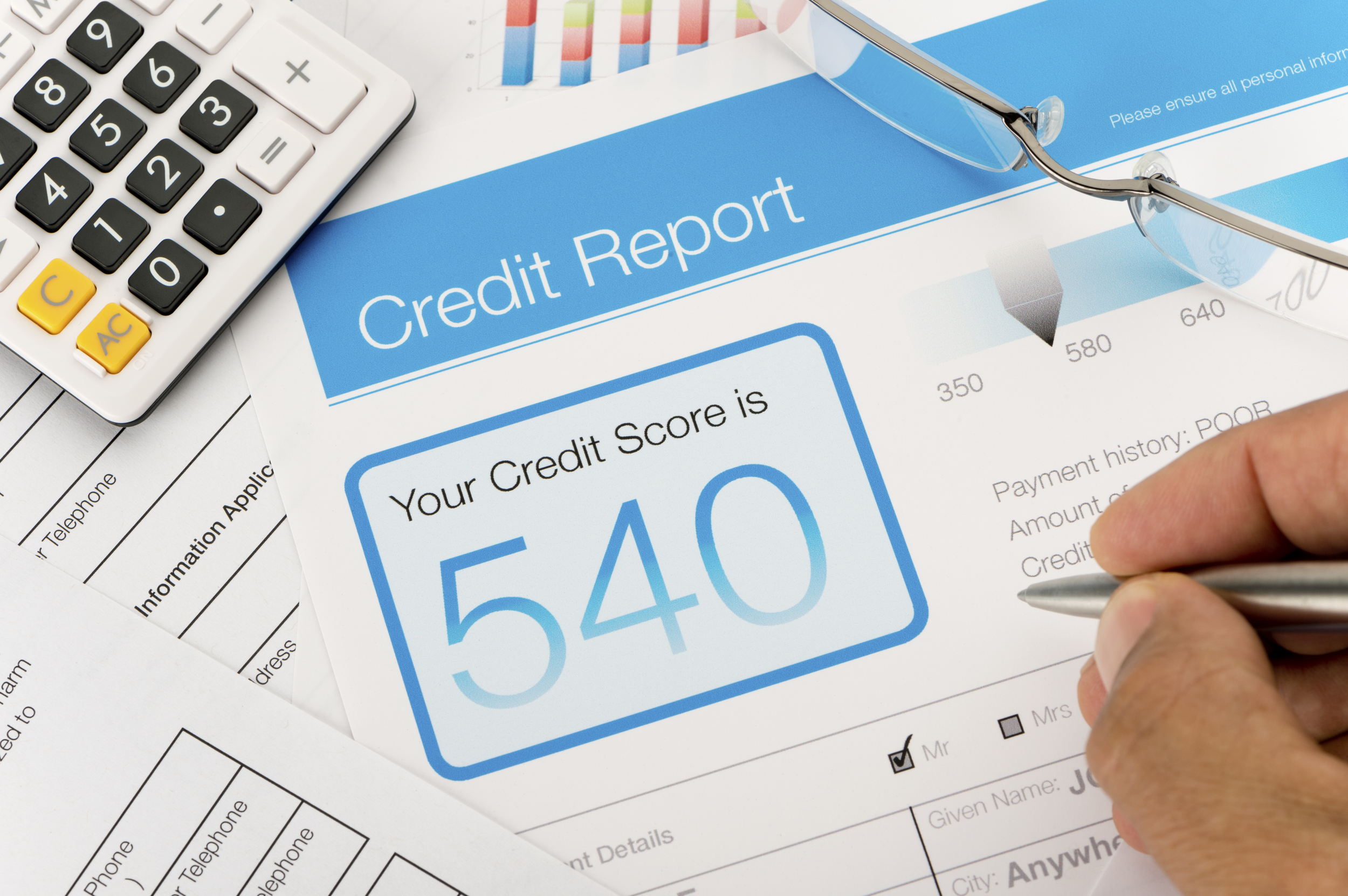 Checking your credit report before ordering catalogues for the best interest rates